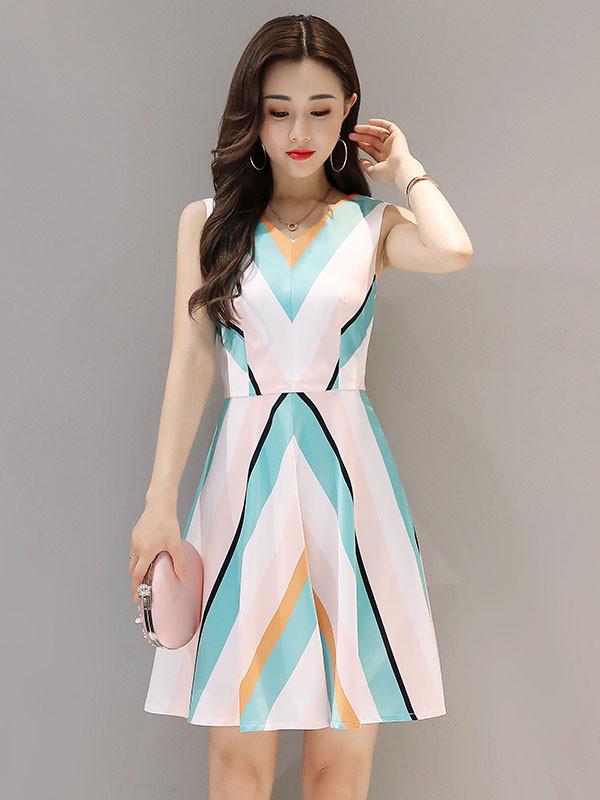 bộ sưu tập, bộ sưu tập váy xòe, váy xòe phong cách hàn quốc