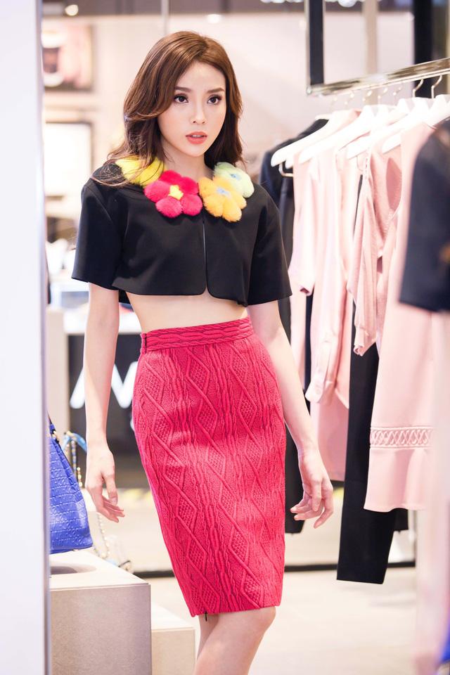 trang phục chất lừ của kỳ duyên, thời trang quốc tế, hoa hậu kỳ duyên