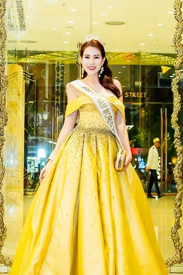 Sắc vàng mới chính là xu hướng của sao Việt mùa hè 2018