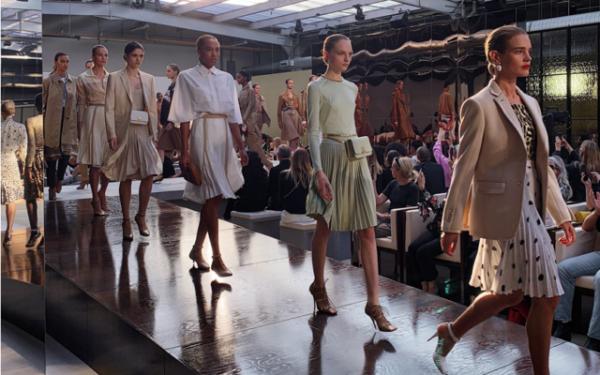BST thời trang Burberry Xuân – Hè 2019: Màn chào sân của Riccardo Tisci