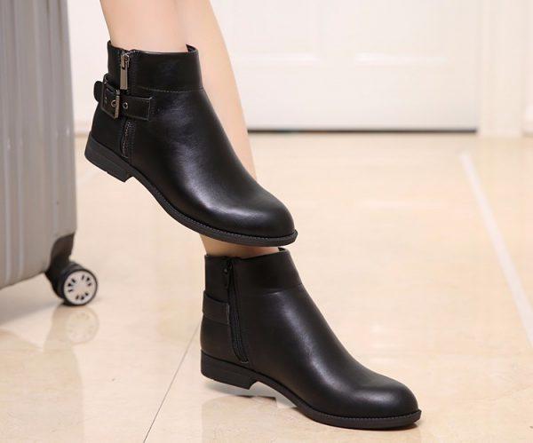 Giày bốt trơn- xu hướng giày thu đông