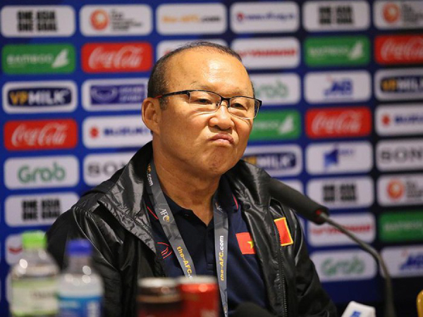 """Park Hang Seo: """"Dù thắng Indonesia nhưng tôi không hài lòng với mình"""""""