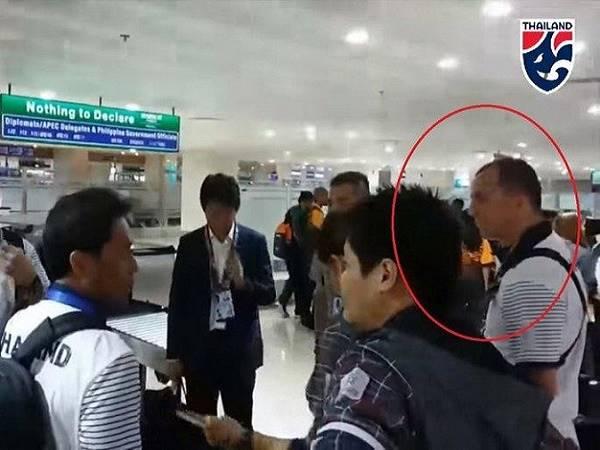 Thái Lan vẫn mang trợ lý miệt thị HLV Park Hang Seo tới SEA Games 30