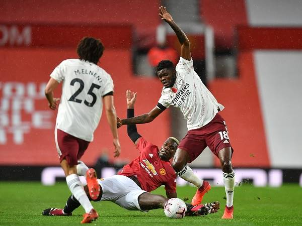 Tin bóng đá Arsenal 3/11: Arsenal đã có thể thắng MU 3-0 hoặc 4-0