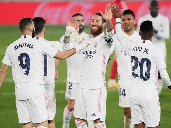 Tin bóng đá sáng 31/12: Hòa Elche, Real Madrid nhận thống kê khó tin
