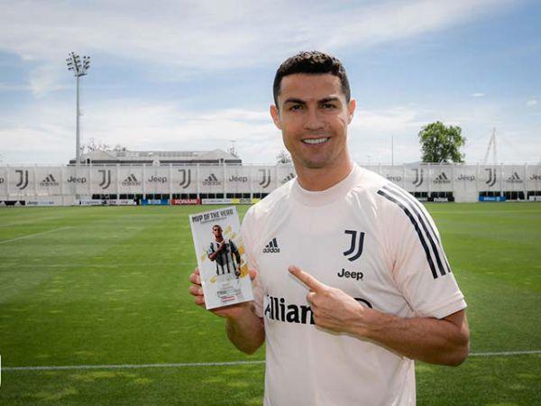 Tin bóng đá trưa 25/5: Ronaldo nhận giải thưởng đặc biệt